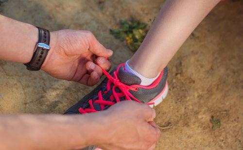Как правильно завязывать шнурки
