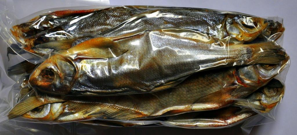 Вяленая рыба в пакете
